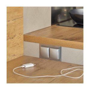 Prise et multiprise électrique pour la cuisine